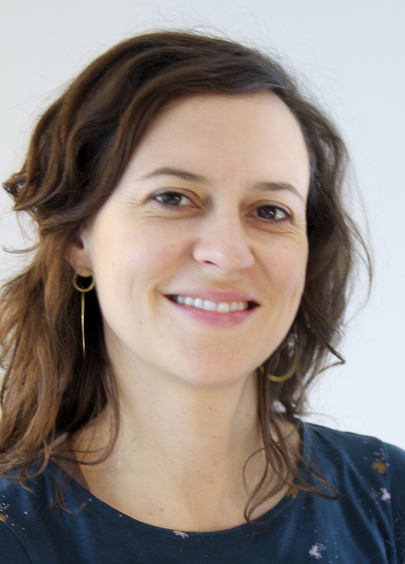 Sarah Chauliaguet hypnotherapeute, naturopathe, professeur de yoga à Paris