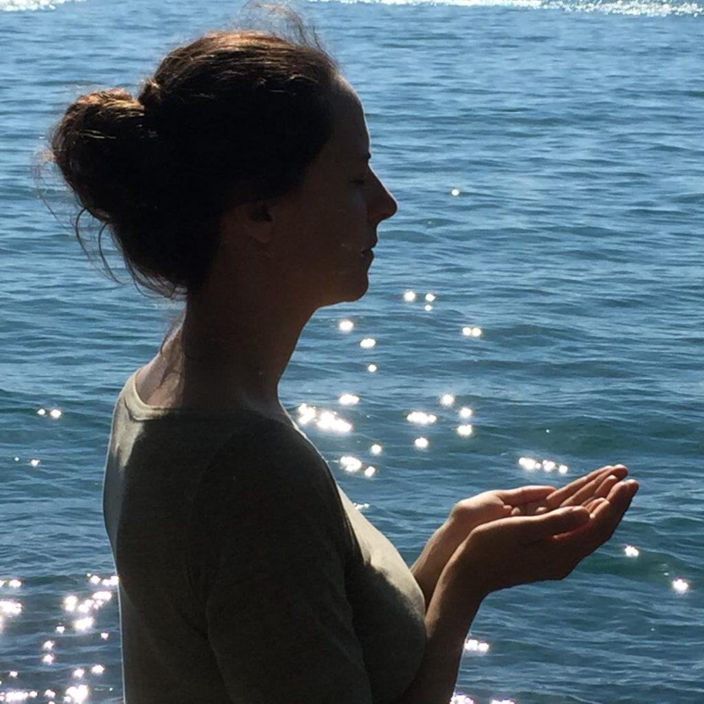 sarah chauliaguet professeur de yoga et meditation à paris